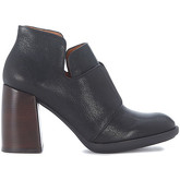Chie Mihara  Molly black leather ankle boots  women's Low Boots in Black