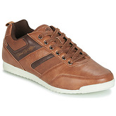 Umbro  HADER  men's Shoes (Trainers) in Brown