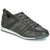 Umbro  FULLY  men's Shoes (Trainers) in Grey
