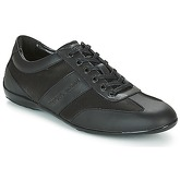Emporio Armani  GUELFO  men's Shoes (Trainers) in Black