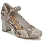 Clarks  DEVA DOLLY  women's Court Shoes in Beige