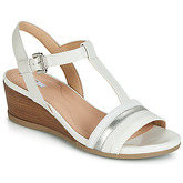 Geox  D MARYKARMEN  women's Sandals in White