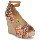Chinese Laundry  DJ MIX  women's Sandals in Multicolour