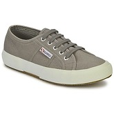 Superga  2750 COTU CLASSIC  women's Shoes (Trainers) in Grey