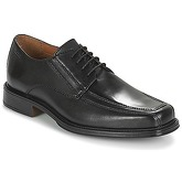Clarks  Driggs Walk  men's Casual Shoes in Black