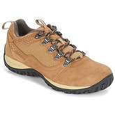 Columbia  PEAKFREAK™ VENTURE LOW SUEDE WP  men's Sports Trainers (Shoes) in Brown