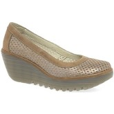 Fly London  Yobe Womens Wedge Heel Shoes  women's Court Shoes in Gold