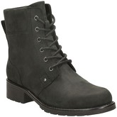 Clarks  Orinoco Spice Womens Casual Boots  women's Mid Boots in Black