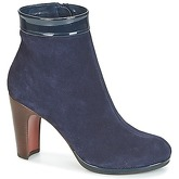 Chie Mihara  NONSTOP32  women's Low Ankle Boots in Blue