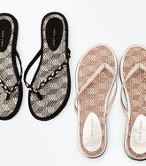 2 Pack Black and Tan Woven Straw Flip Flops New Look