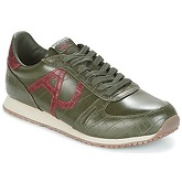 Armani jeans  MECHIST  men's Shoes (Trainers) in Green
