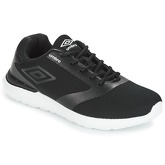 Umbro  FABBY  men's Shoes (Trainers) in Black
