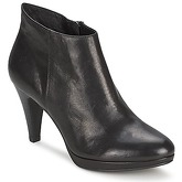 Belmondo  EXILA  women's Low Ankle Boots in Black