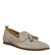 Ask the Missus Eastside Tassel Loafer BEIGE SUEDE