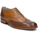 Clarks  Penton Limit  men's Smart / Formal Shoes in Brown