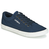 Umbro  GORDON  men's Shoes (Trainers) in Blue
