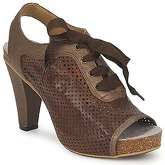 Dkode  TRUDY  women's Sandals in Brown