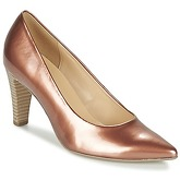 Gabor  DORETTE  women's Court Shoes in Gold