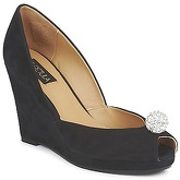 C.Petula  YVONNE  women's Heels in Black
