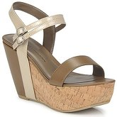 Chinese Laundry  GO GETTER  women's Sandals in Beige