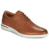 Clarks  Vennor Walk  men's Casual Shoes in Brown