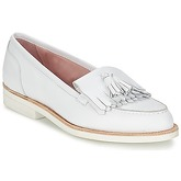 Elia B  ALPHA  women's Loafers / Casual Shoes in White