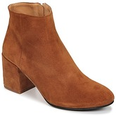 Emma Go  ELNA  women's Low Ankle Boots in Brown
