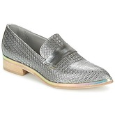 Now  METUZI  women's Casual Shoes in Silver