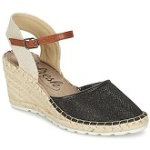 Refresh  MOHIL  women's Sandals in Black
