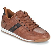 Umbro  FULLY  men's Shoes (Trainers) in Brown