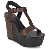 Vic  GIBSON  women's Sandals in Brown