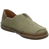 Clarks  Trapell Form  men's Loafers / Casual Shoes in Green