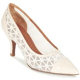Heyraud  EDEN  women's Court Shoes in Beige